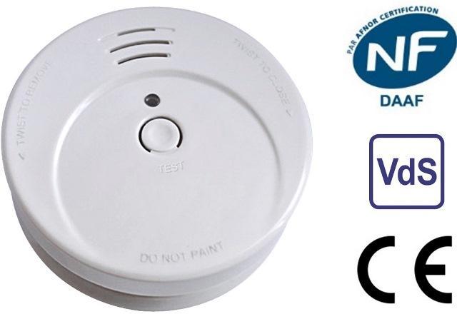 Détecteur de fumée homologué et certifié NF CE EN 14604. Testé et certifié selon les normes française NF et allemande VDS. http://www.actinsecurity.fr/detecteurs-de-fumee/9-actiflexi-5-ans.html
