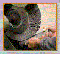 Our grinding flap wheels are made of grinding cloth with a grit size ranging from 40 to 600 as standard.