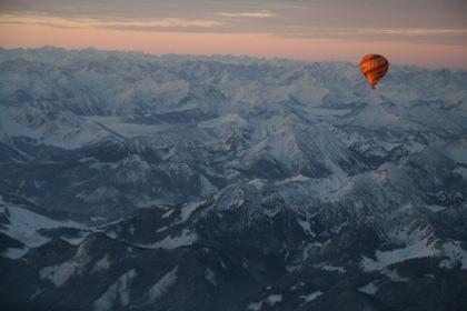 Alpenüberquerung im Heißluftballon von Garmisch nach Italien
