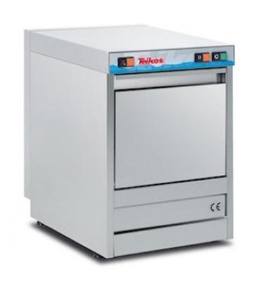 Il modello di lavabicchieri per bar TS820 è dotato di cesto 37x37 cm, doppia scocca, porta bilanciata, tre cicli di lavaggio, thermostop, funzione rinse now, termostati regolabili.