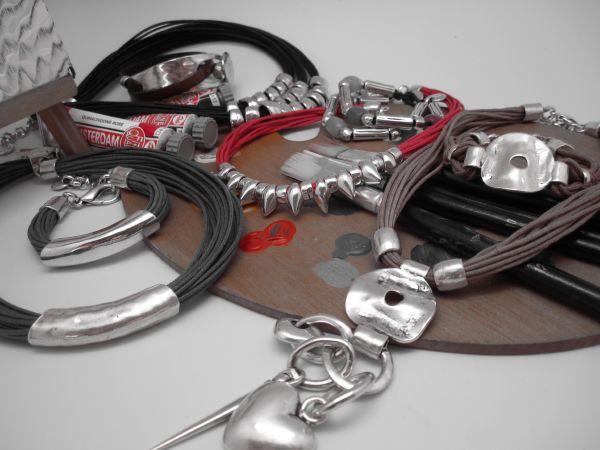 Trabajamos con diversos materiales, pero siempre con la mejor calidad, para ofrecer un gran producto a nuestros clientes.
