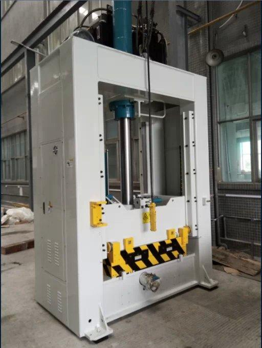 Fitting mould machine