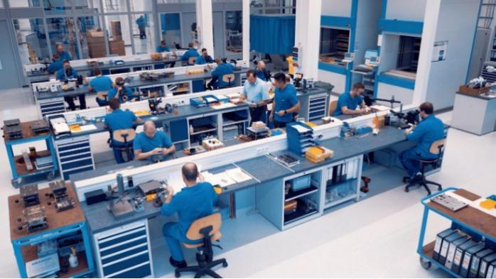 Headquarters Germany: Toolmaking
