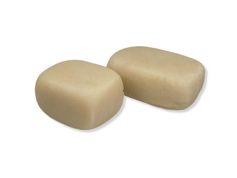 Masa resultante de la mezcla de almendra y azúcares para industria de la confitería y la pastelería.