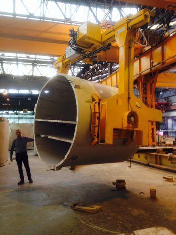 Solution de manutention par ventouses pour industrie préfabrication béton. Palonniers à ventouses.