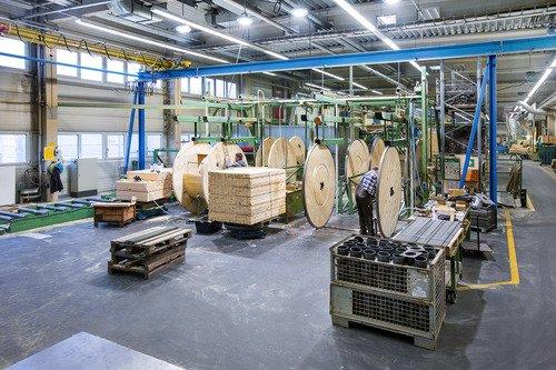 August Hildebrandt, Produktion Holzpulen