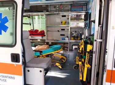 Ambulanze con allestimenti di ultima generazione per gestire ogni emergenza, per il trasporto di pazienti in gravi condizioni o terminali in tutta Italia e Europa.