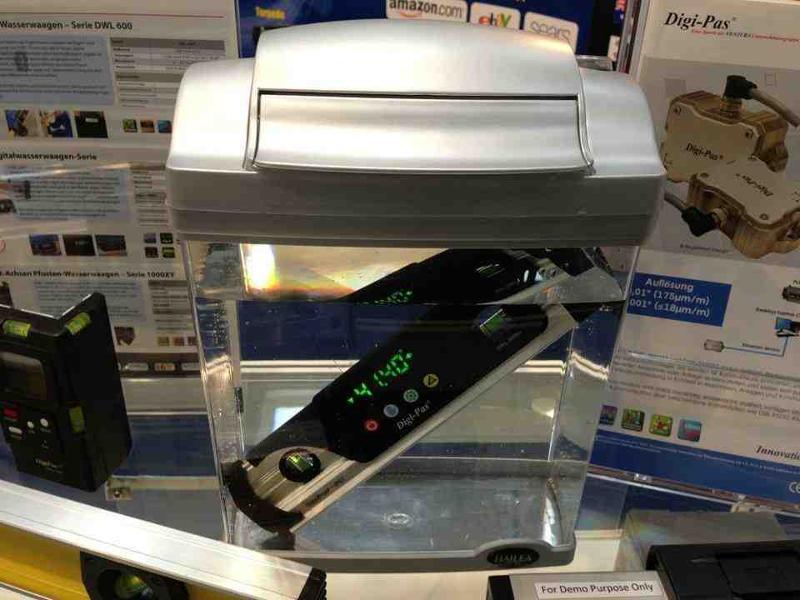 DWL280Pro Waterproof Torpedo Digital Level