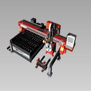 Maszyna z rozwiązaniami do cięcia plazmowego z zintegrowaną technologią, w której  uproszczono  proces cięcia i ukosowania blach. Wbudowane techniki, takie jak optymalizacja płaszczyzny z kompensacji