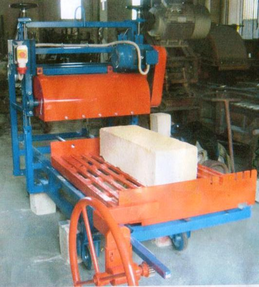 """Construction of """"Volte a stella"""", barrel and frames machines"""