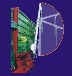 Trailer mounter auger, working lenth 4 m, capacity 25 t/hour. Made in Poland. Imported by Nueva Casa Grande