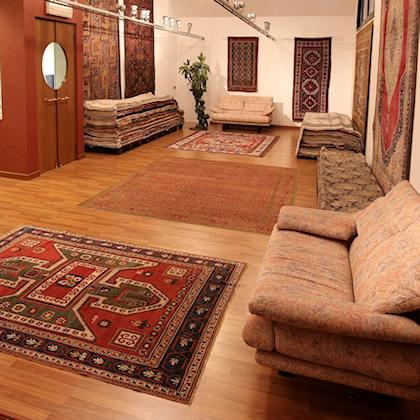 You can buy Beautiful world carpets selections from the modern one to the classical one, up to the rare antique exemplary for lovers and collectors, collected with passion in forty years.