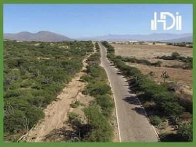 Vista de una parte del terreno que se va urbanizar,en la parte izquierda.