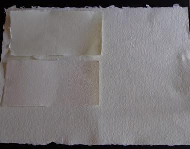 100% cotton fiber paper with beards or guillotined available in different sizes, colors, with or without texture and incorporation of natural elements into the paper.