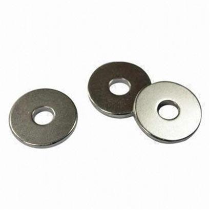 Magnets ring shape