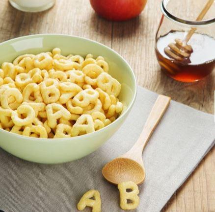 Frühstückscerealien in Buchstabenform