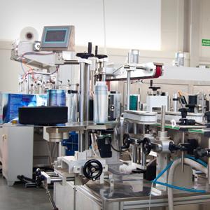 Posiada możliwość nanoszenia automatycznego różnego formatu etykiet w tym również etykiet bukletowych.