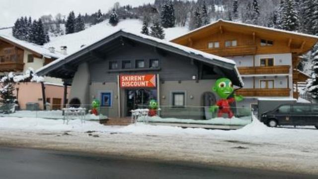 Ski und Snowboard günstig ausleihen im Skirent Discount