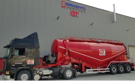 Vacuum cement semi trailer