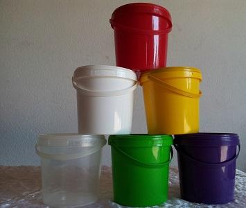 Made from high quality PP Co polymer, 1.2 L volume with cap and handle.