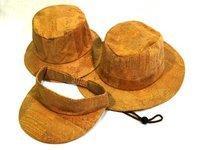 Damenhüte aus Kork