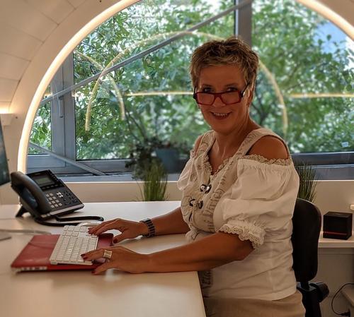 Claudia Klauenberg, Geschäftsführerin
