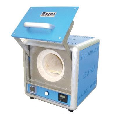 Four électrique à chambre, compact, pour toutes applications. Enceinte intérieure cylindrique en céramique réfractaire + sole de mise à niveau. Régulateur PID Axron Swiss, horloge programmable.
