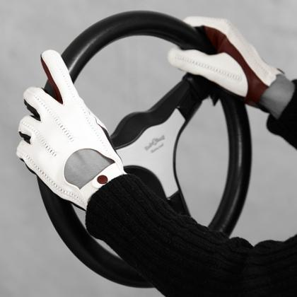 Lundorf mens driving gloves in leather