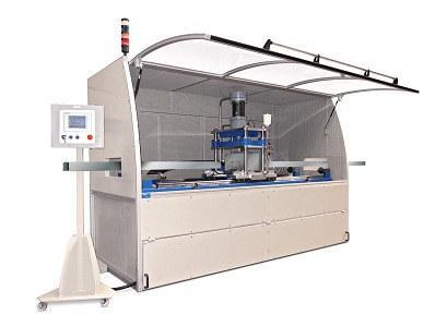Standard ou sur-mesure Armoire de commande avec pupitre intégré Outil de coupe, pneumatique, électrique ou hydraulique Vitesse du profil : 150 m/min, cadence : 90 coup/min Précision : ± 0.2mm