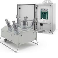 Automatic circuit recloser