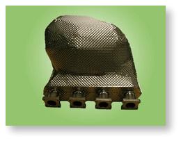 Isolations thermiques haute performance en inox réfractaire et inconel sur collecteur automobile de compétition.