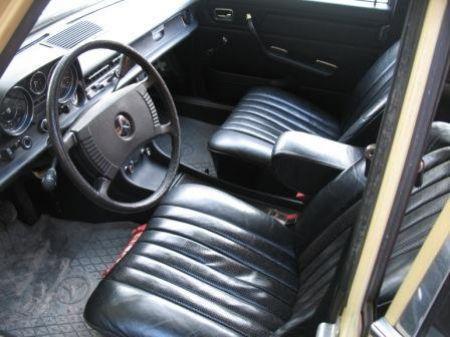 Sitze, Sitzkissen, Sitzlehne, Türverkleidungen für Serie W115
