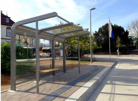 3-Feld Aluminium Buswartehalle Utopia von TeamTejbrant