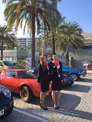 Apunto en la promocion/presentacion de coches clasicos en Palma de Mallorca