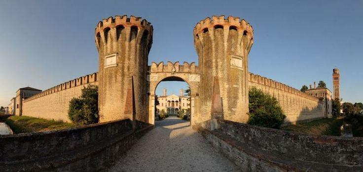 Castello entrata