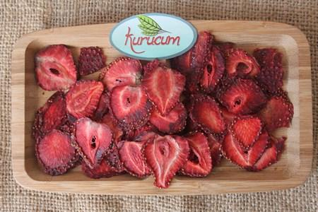 Turkish dry strawberry by Kurucum Food