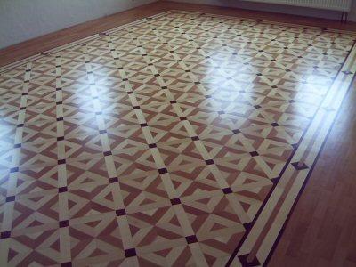 Verschiedene Fußbodenbeläge