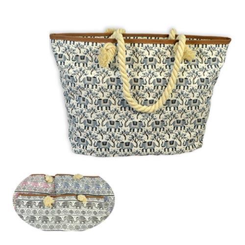 Tendance, le sac de sortie pour vos clientes. Proposez ce produit disponible chez votre grossiste lingeries et profitez de prix mini avant l'été.