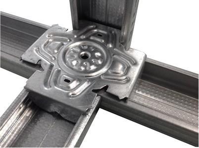 Solution résistante renforçant l'ossature ou incorporant un élément dans cette dernière (trappe,fenêtre..). La croix solutions est destinée à la réalisation de structure porteuse.