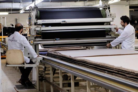 the fabric laying machine
