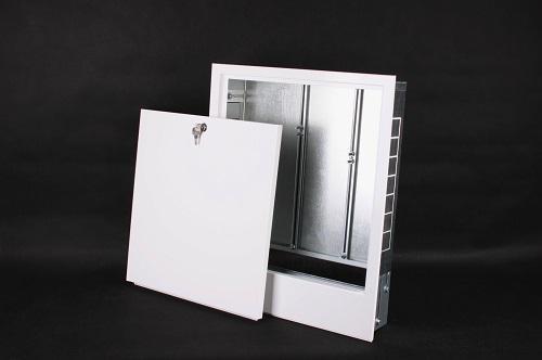 Manifold cabinet
