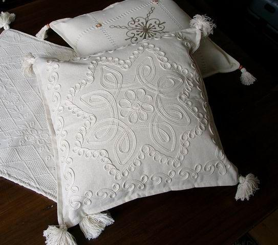 100% Cotton Pillow Cover, Size:45x45 Complatelly Natural and handwork.