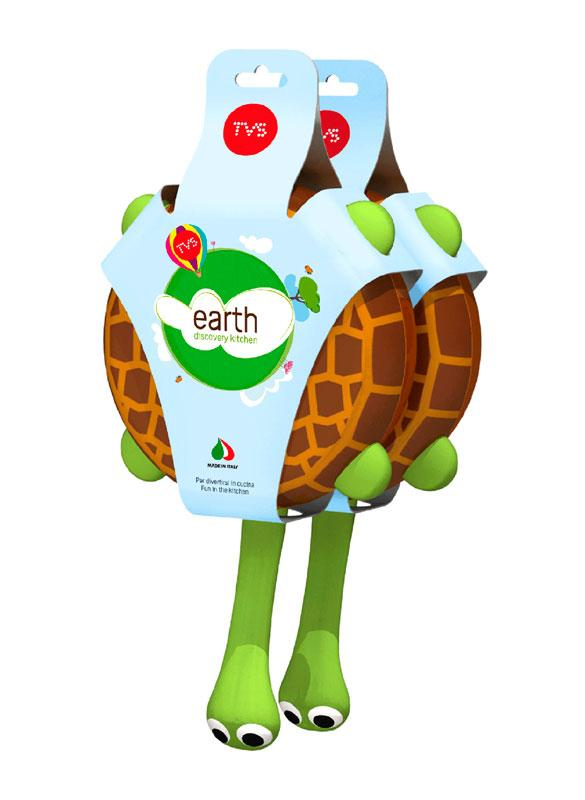 Earth Discovery Kitchen is a fun set of animal shaped cookware created for TVS.