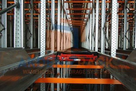 No need for forklift  to navigate warehouse corridors,less time,more accurate,can handle different size up to 1500KG,and less manpower and expenses,also can be used in cold rooms