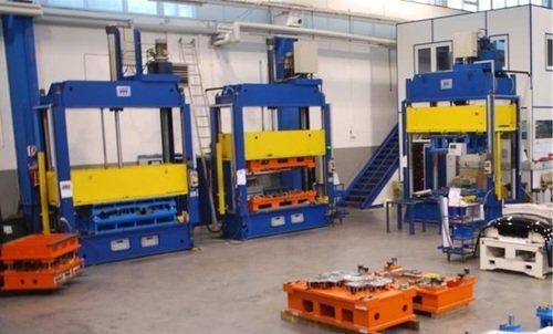 Endmontage Werkzeuge in unseren Pressen