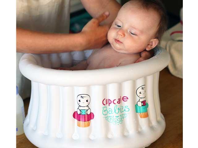 Cupcake Babies bath
