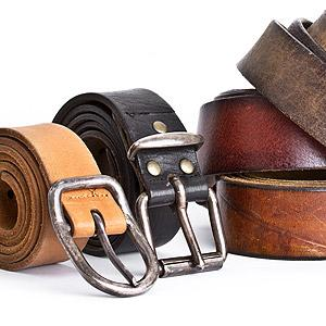 CINTOS EM COURO LEATHER BELTS