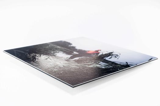 Impression sur papier numérique Standard ou Fine Art. Montage sur Dibond 2 mm, 3 mm ou 4 mm.