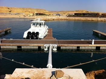 Design and supply of floating dock for berthing of eight leisure boats with dimensions between 40' and 60'