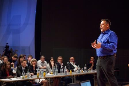 Die Kurse von Keynote Speaker und Coach Wolfgang Allgäuer verhelfen zu verbessertem Selbstmanagement, Persönlichkeitsentwicklung und -entfaltung.